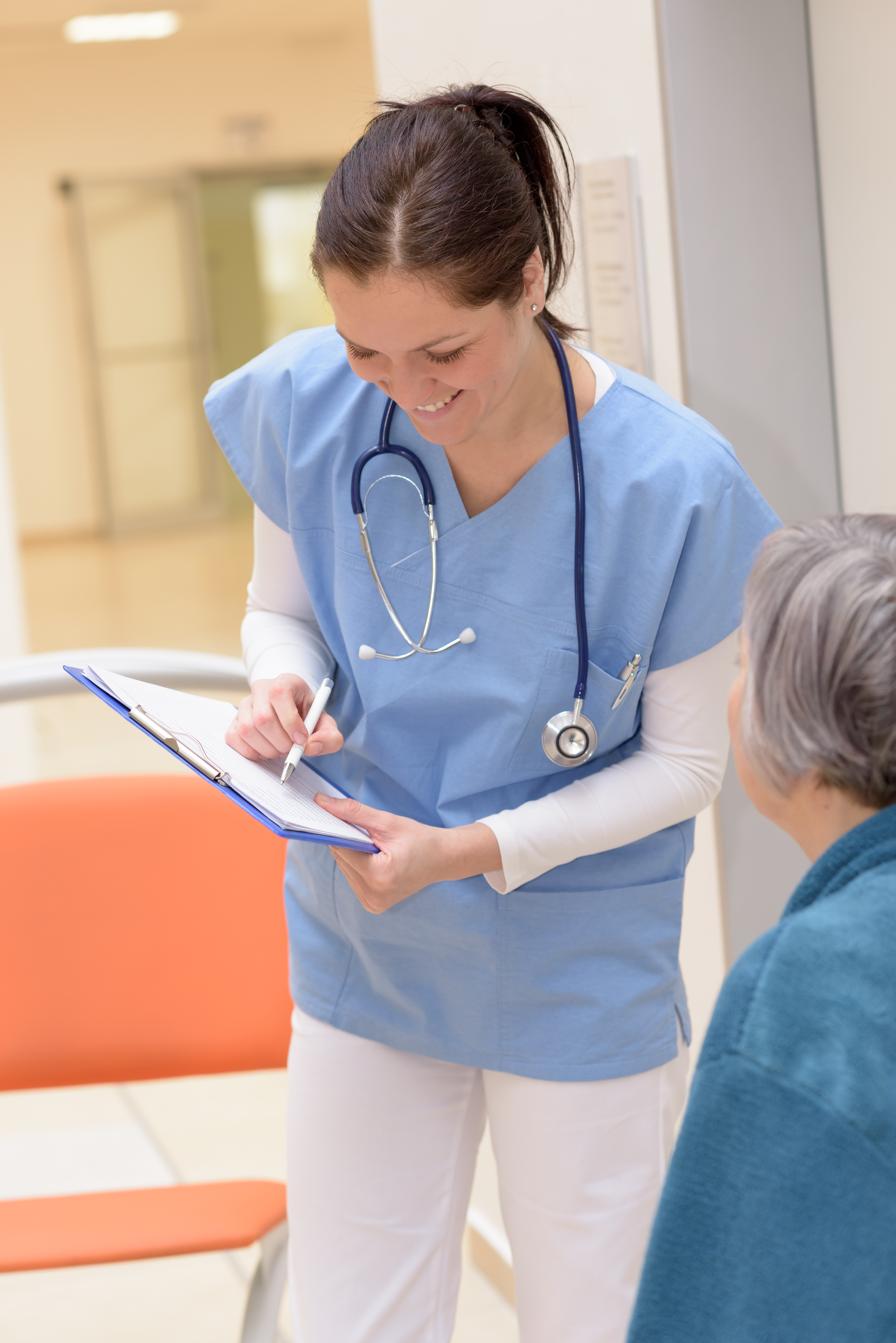 MEDICATION ASSISTANTS AS ALTERNATIVE TO NURSE STAFFING SHORTAGE IN NURSING HOMES